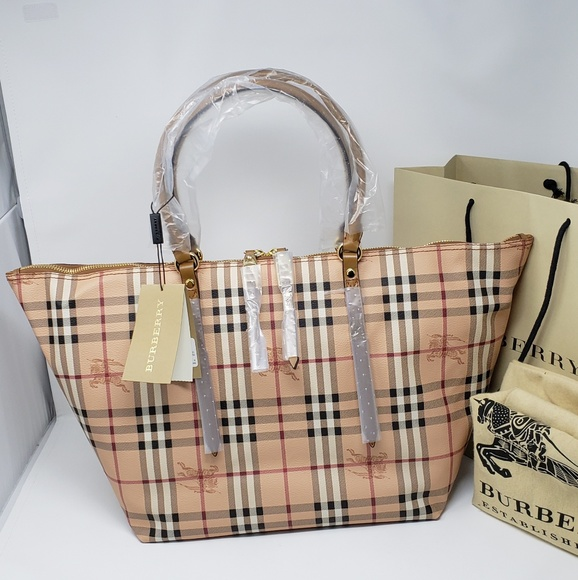 461e19b37ca5 100% Auth Brand New Burberry Large Tote Bag